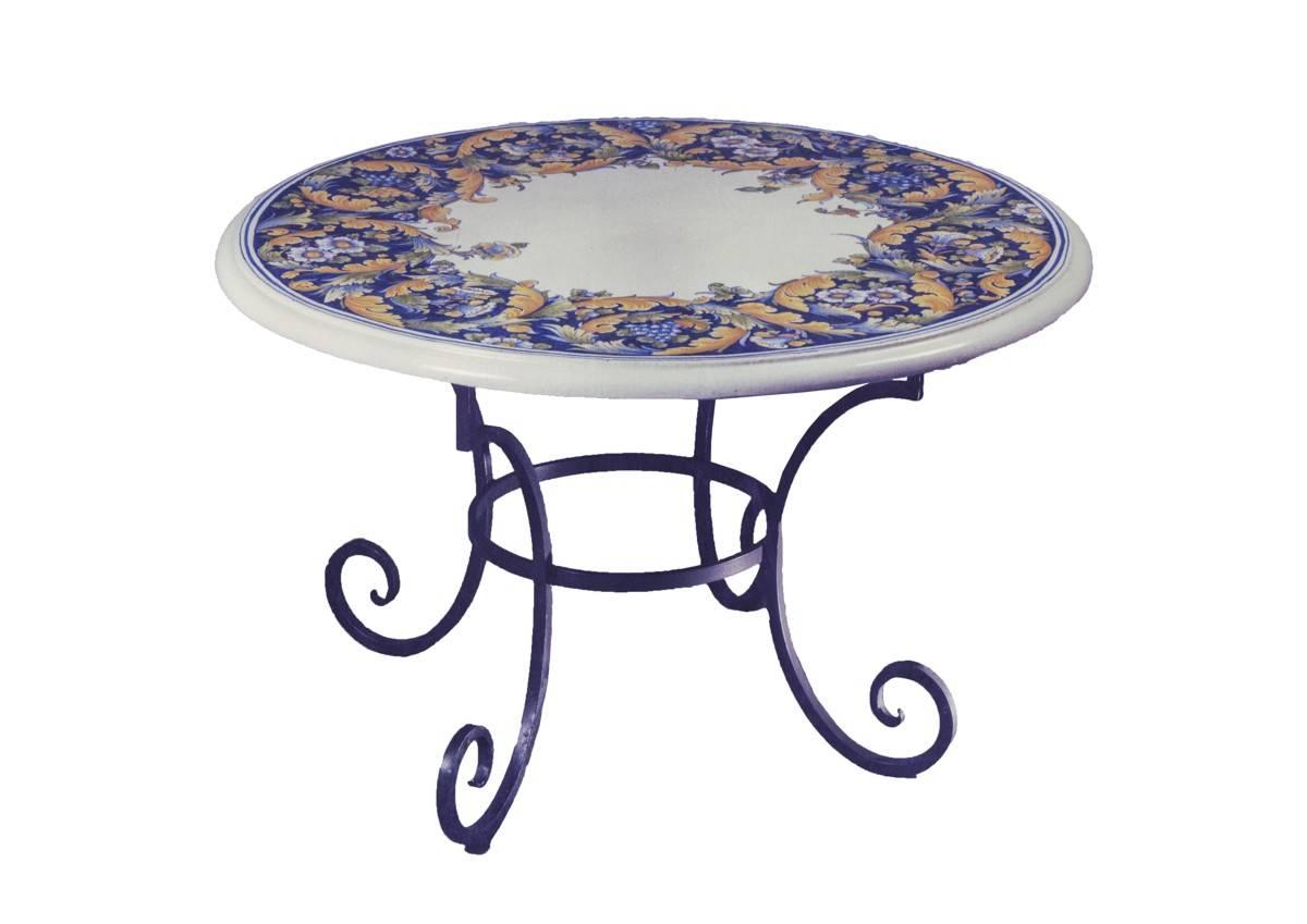 Tavoli in ceramica dipinti a mano e ferro battuto - La Chimera
